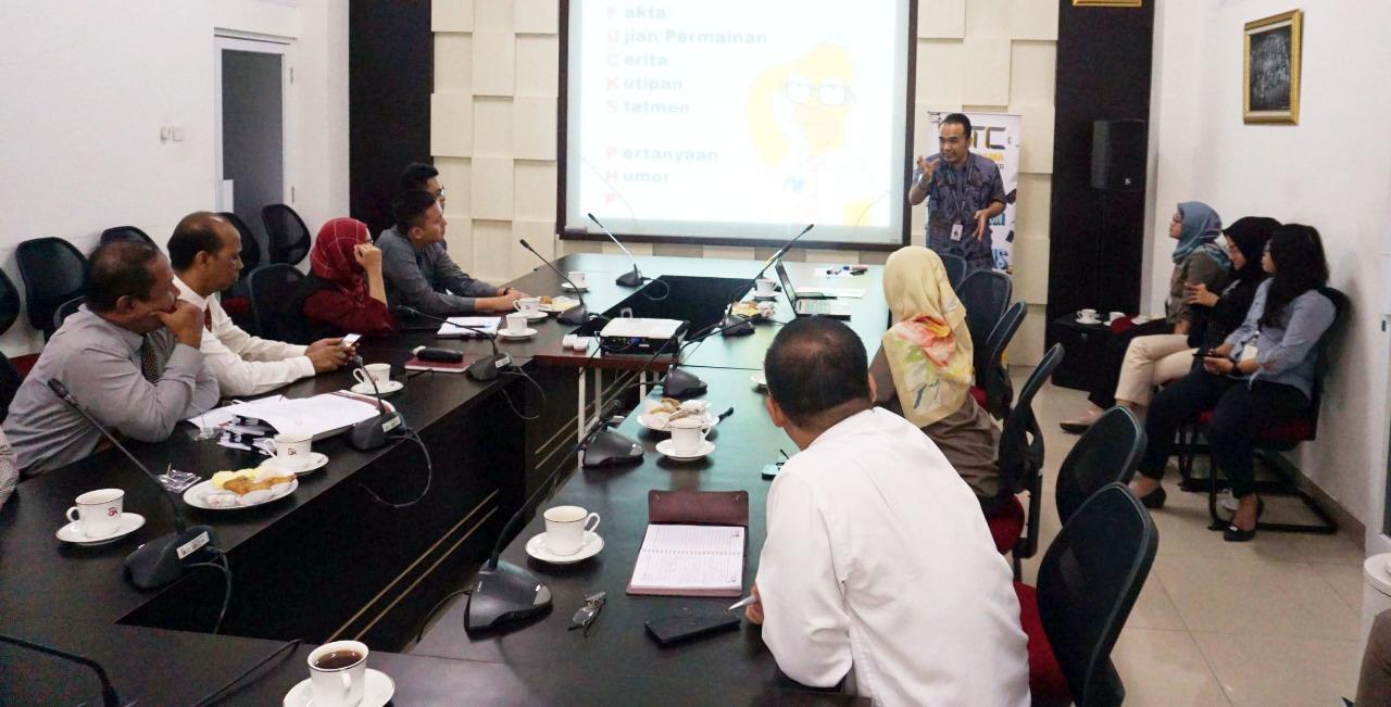 Public Speaking Training- Otoritas Jasa Keuangan DIY