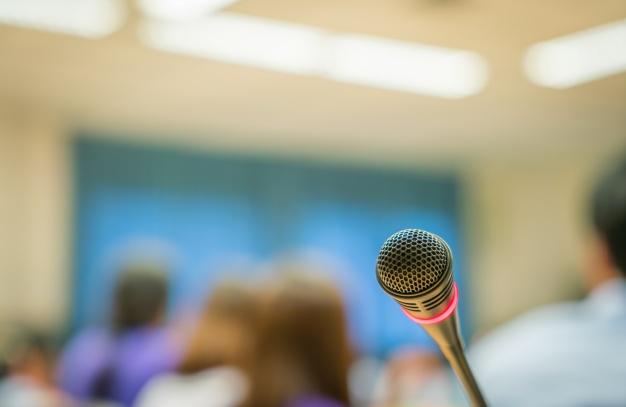 Tips Public Speaking untuk Pemula